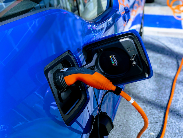 Chicago startup will help test hyperlocal electric vehicle incentive in California