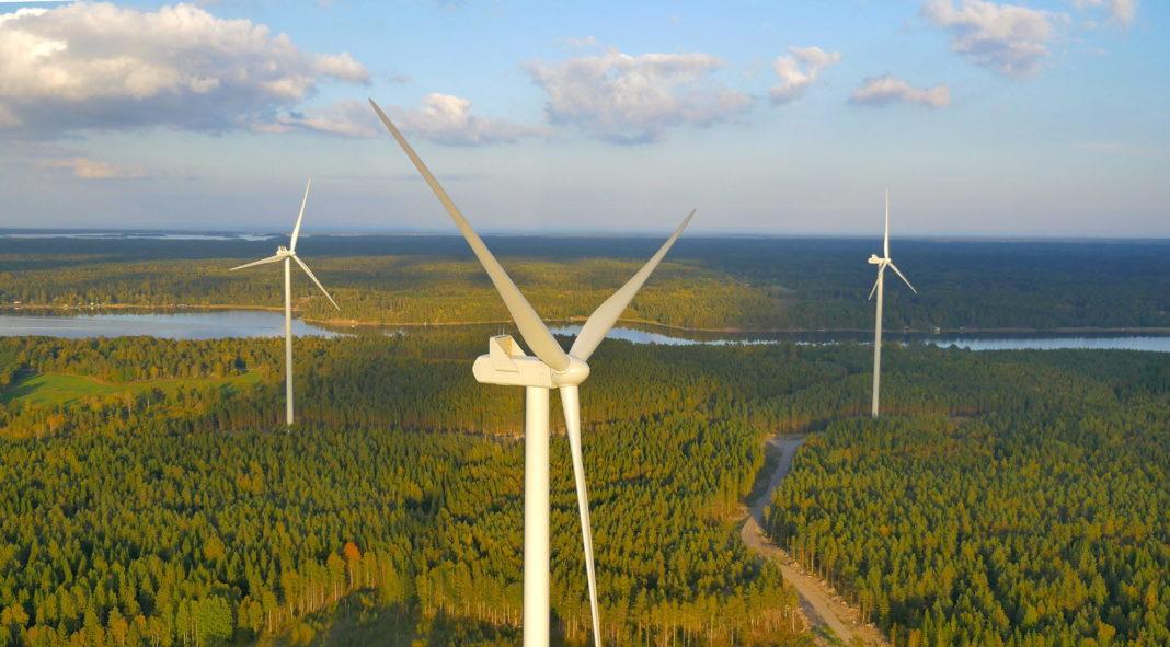 Holmen's Varsvik windfarm outside Hallstavik. Image credit: Jan Jansson, Teknomedia