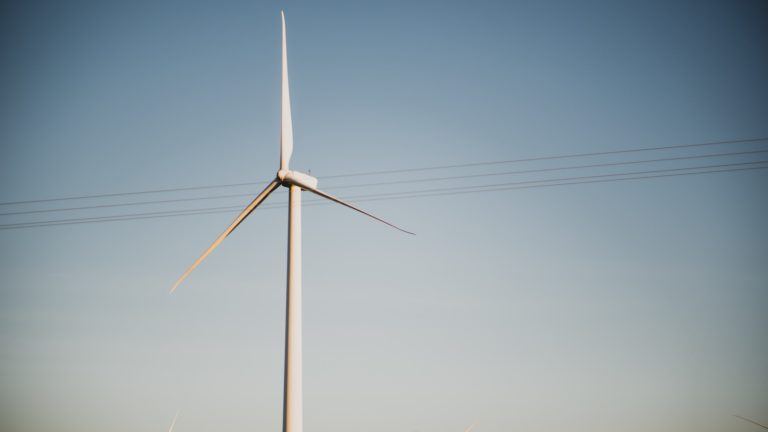 Texas' power market reaps the wind (and sun)