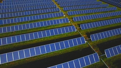 National Grid and Cargill's 200-MW Prairie Wolf solar project in Illinois under construction